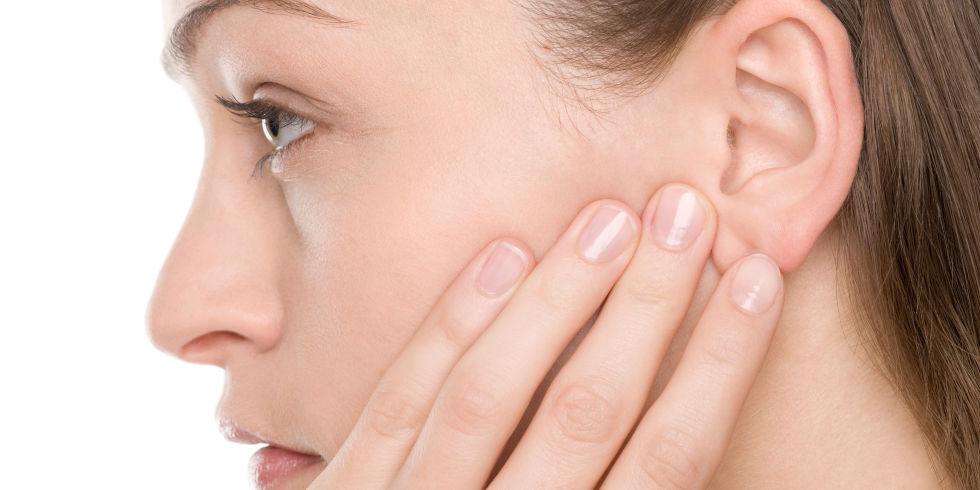 Хруст в левом ухе. Почему появляется треск в ухе и как от него избавиться
