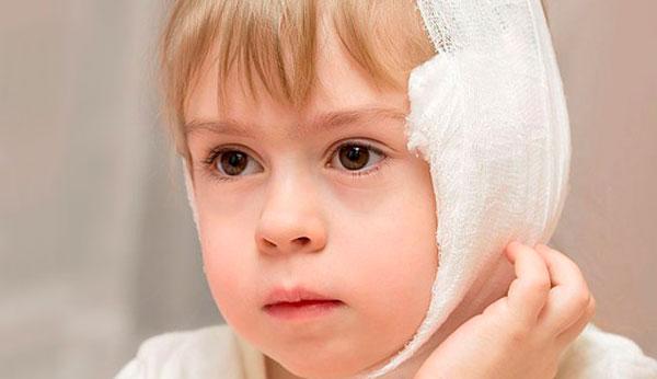 Компресс на ухе у ребенка